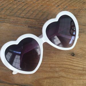 Accessories - Heart Frame Sunglasses in White